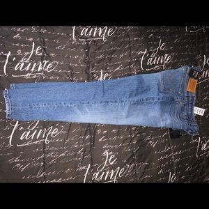 Levi High Rise Jeans